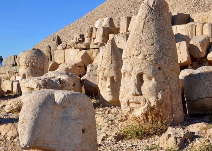 tour to mount Nemrut